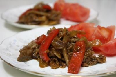 牛肉のドミグラスソース煮