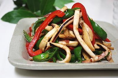 イカと夏野菜の炒め物