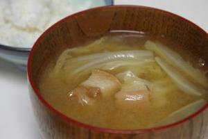 08_11_17_味噌汁